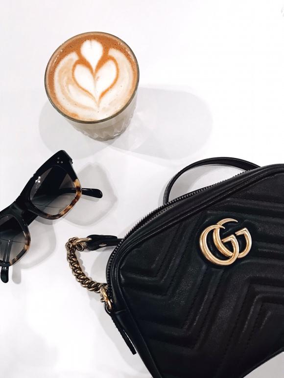 Gucci Marmont handbag and latte art | CoffeeAndHandbags.com