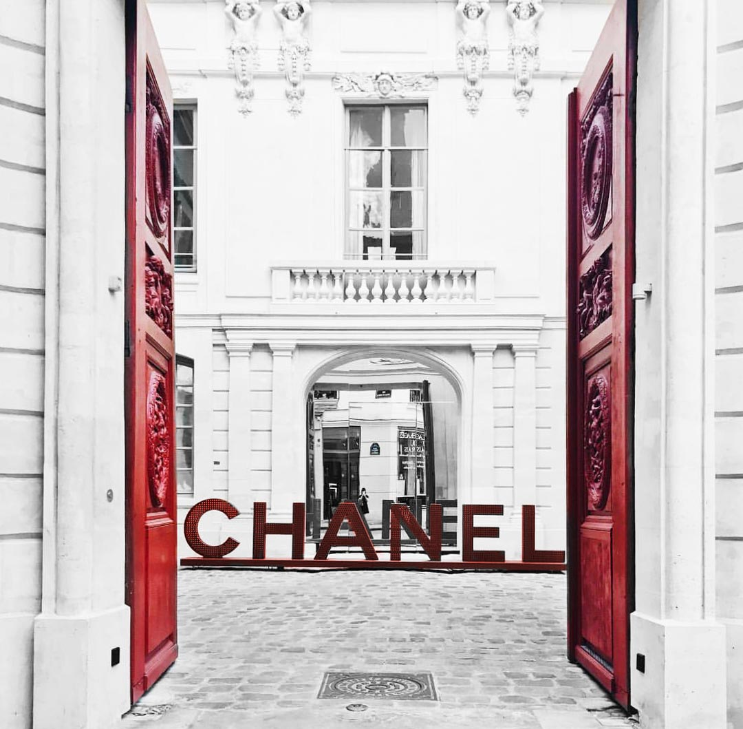Palais de Chanel in Paris, France | CoffeeAndHandbags.com