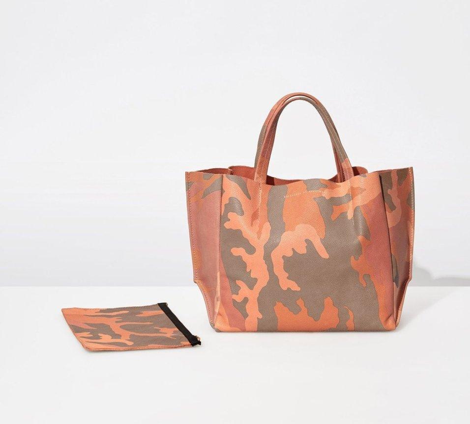 Ampersand As Apostrophe Coral Camo Half Tote Bag