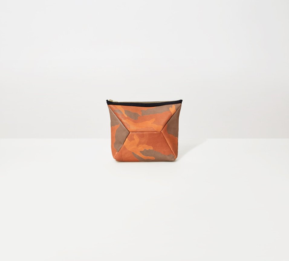 Ampersand As Apostrophe X-Pouch Clutch / Camo-Cantaloupe