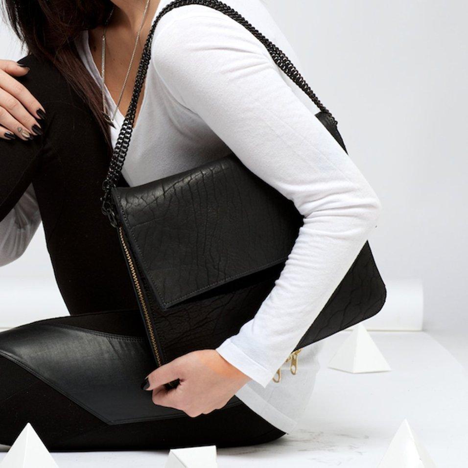 Ampersand As Apostrophe Parcel Shoulder Bag